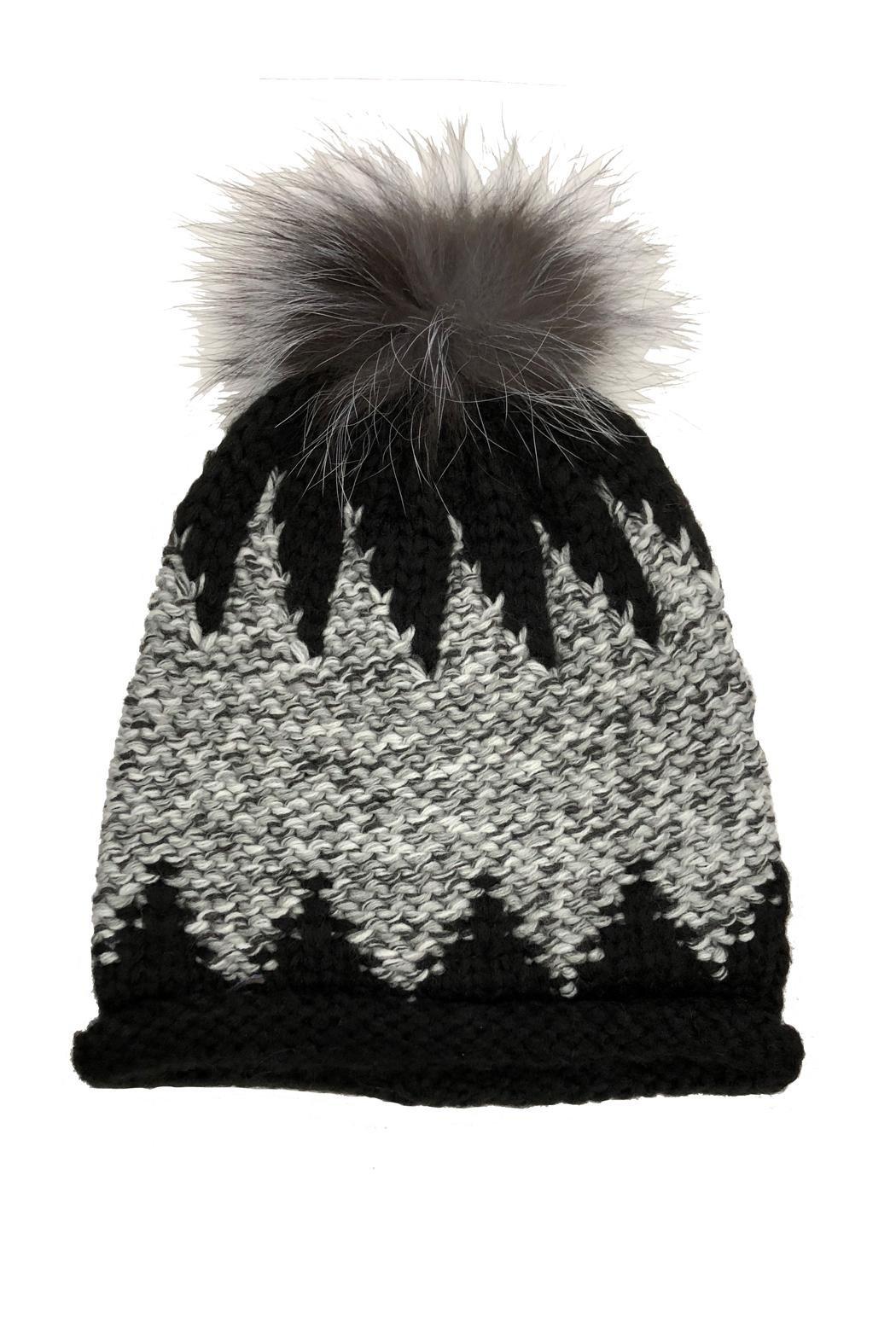 ZigZag Hat with Pom