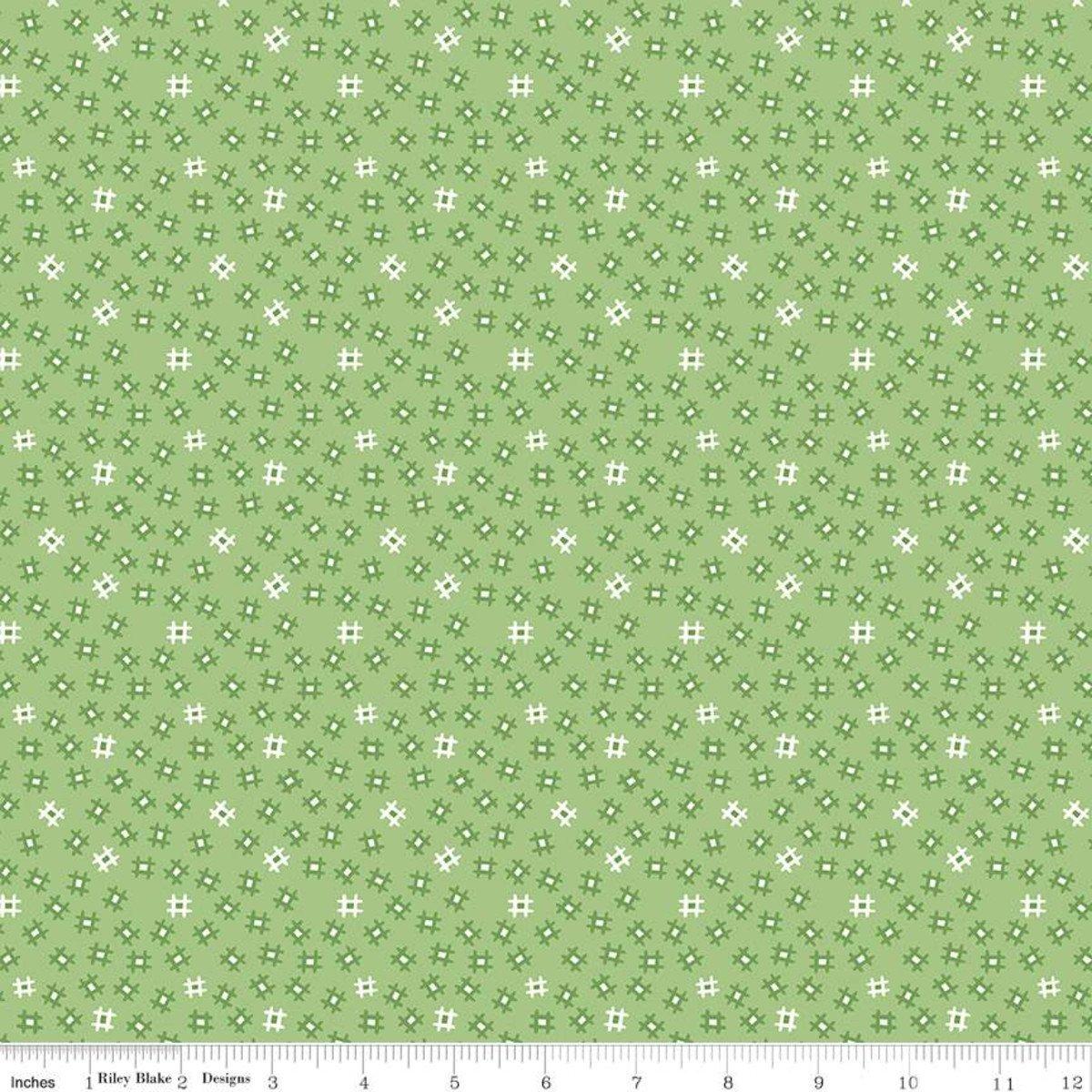 Fat Quarter CHURN DASH GRANNY APPLE Prim Cotton Riley Blake Fabric