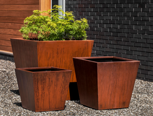 TAPERED SQUARE PLANTER-MD