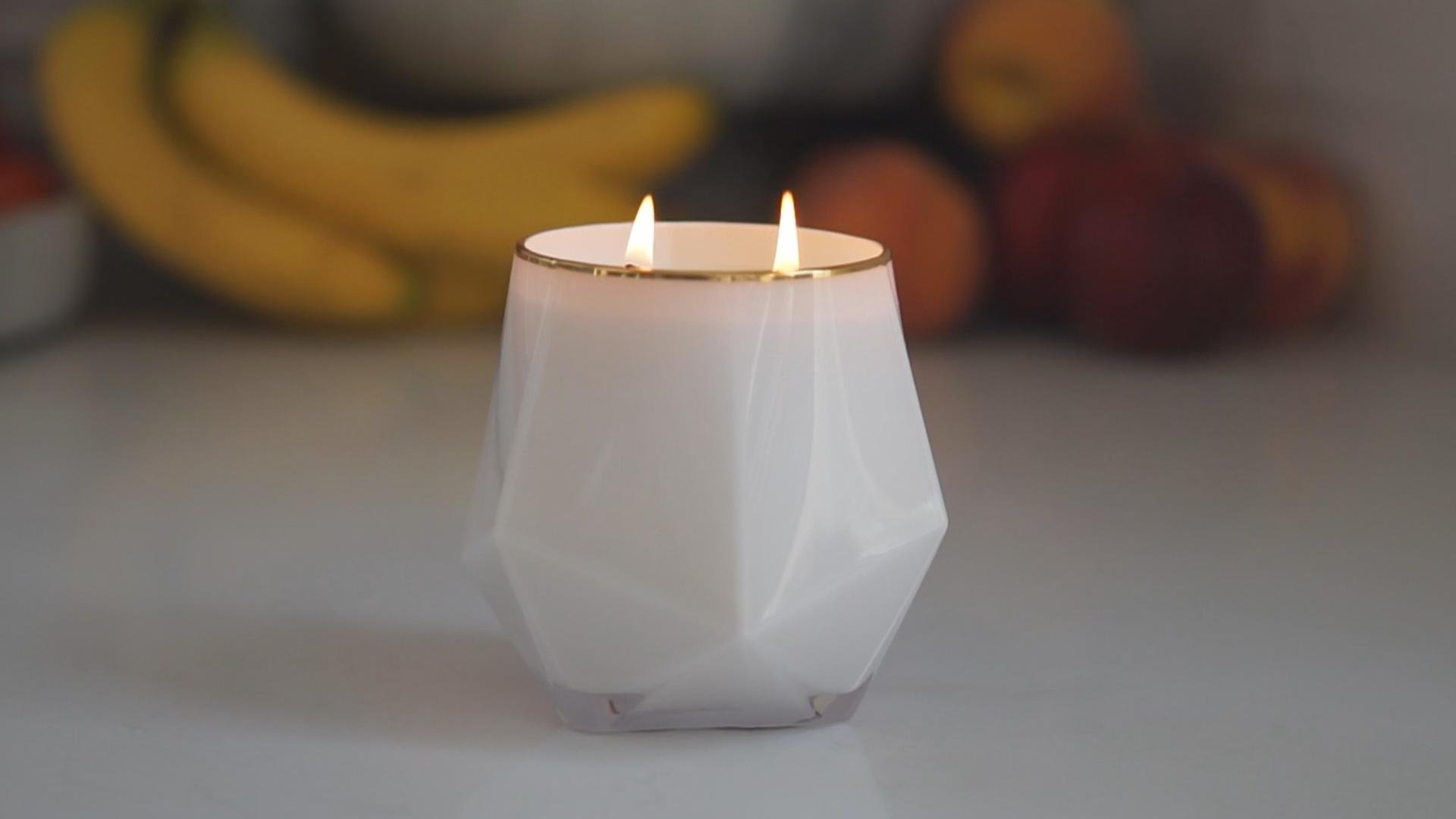 1895 SCENTED CANDLE