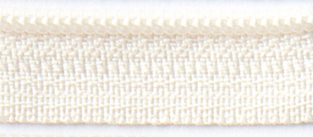 22 Creamy Zipper
