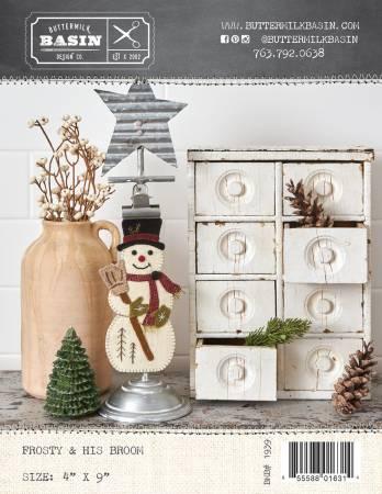 Frosty & His Broom Wool Ornament Pattern