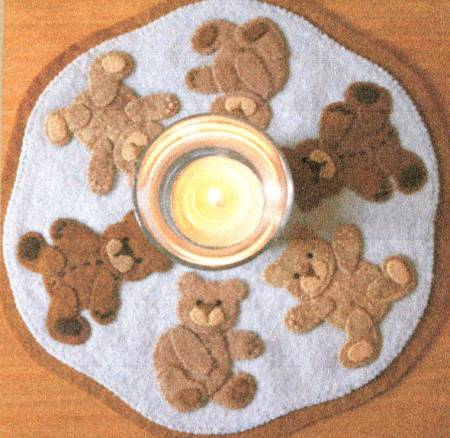 Little Stitchies - Teddy Bears Candle Mat