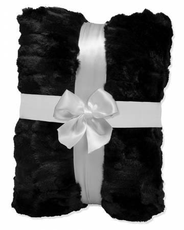 Luna Black 2yd Luxe Cuddle Cut