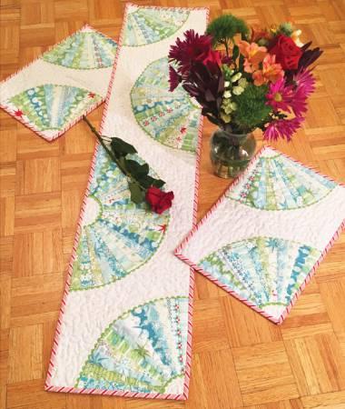 Fan Dance Table Topper pattern