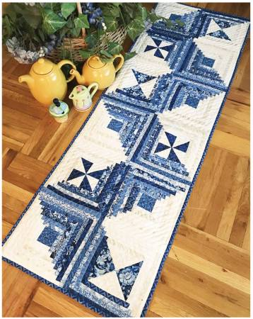 CLP-Rick Rack Table Runner