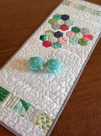 Mod Hexie Flower Runner