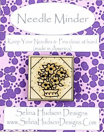 Flower Quilt Block Needle Minder