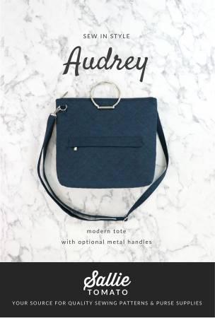 Kit 1043 Audrey Tote  Pattern and Hardware Set