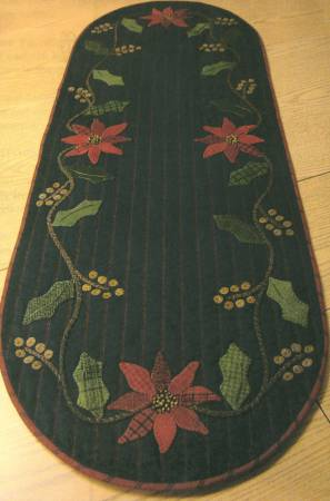Holly & Poinsettia Table RunnerPattern
