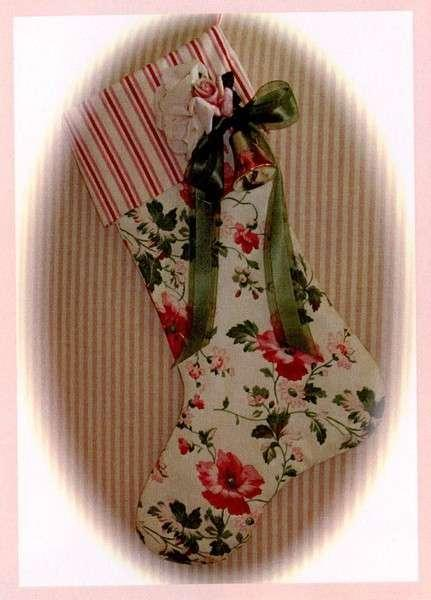 CHRISTMAS TREASURES STOCKING PATTERN
