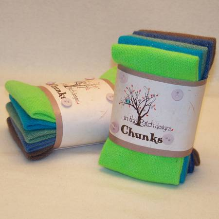 ITPD Daytime Chillin Wool Chunks 5pc 9in x 10in