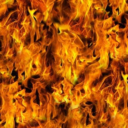 Under Fire  ELS604-GOL