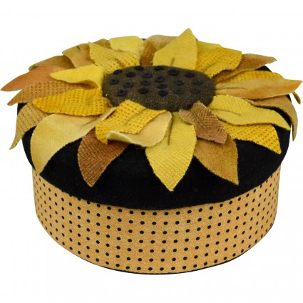 KIT W In the Patch Large Sunflower Round Box
