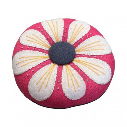 White/Pink - Petals Pincushion Kit - LFG104