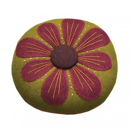 Petals Pincushion Kit: Purple and Olive