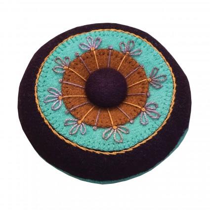 Circles & Stitches Pincushion Kit