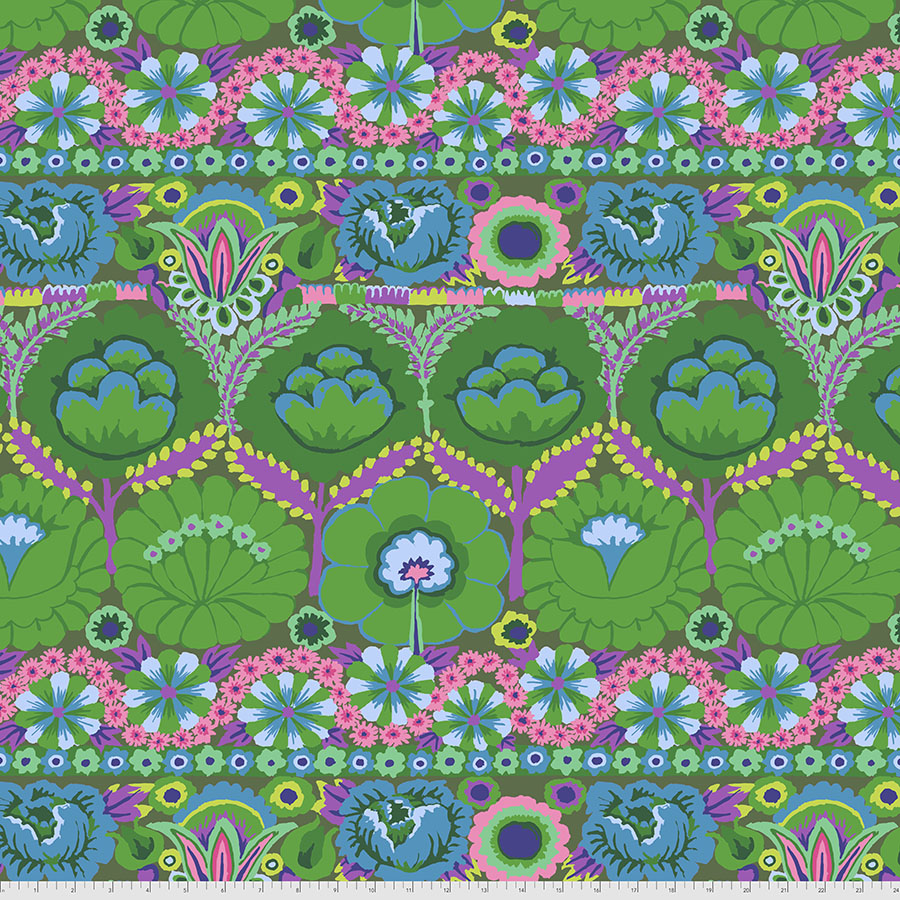 Kaffe August 2021 Embroidered Flower - Green