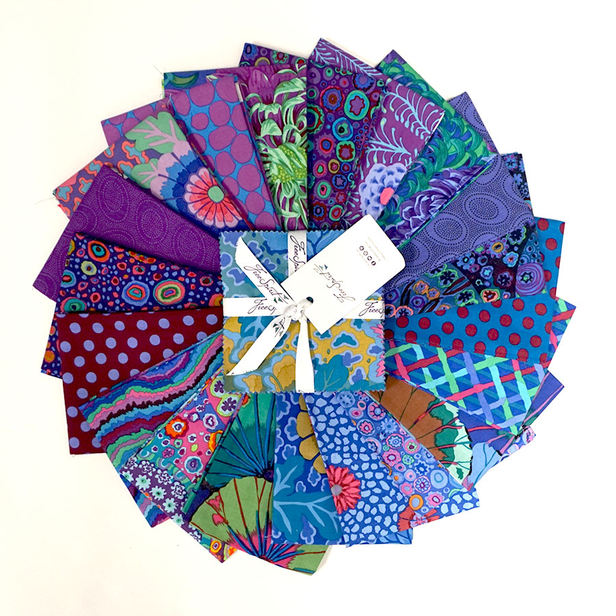 Kaffe Fassett Collective Classics Peacock - 5 Charm Pack - FB6CPGP.PEACO