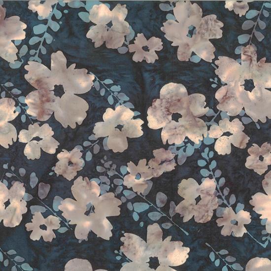 Hoffman Bali Batiks Graphic Flower Huckleberry R2222-346 Black