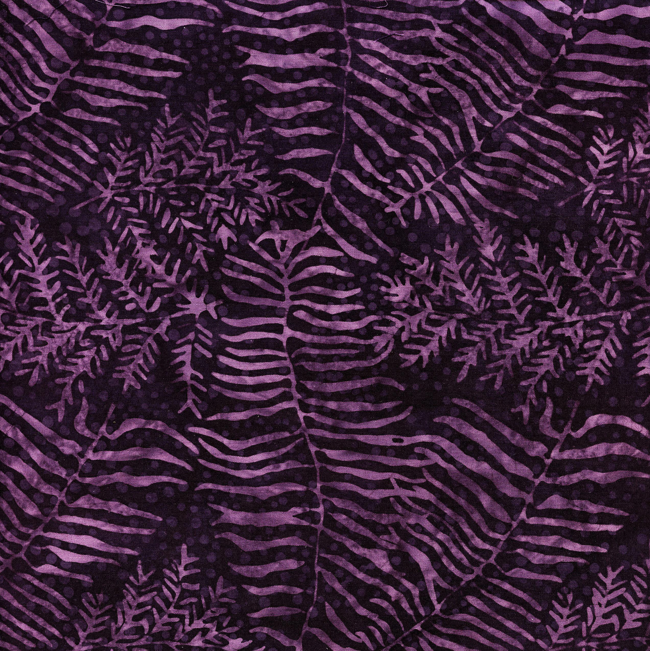 111809480 Fern/Leaf Purple