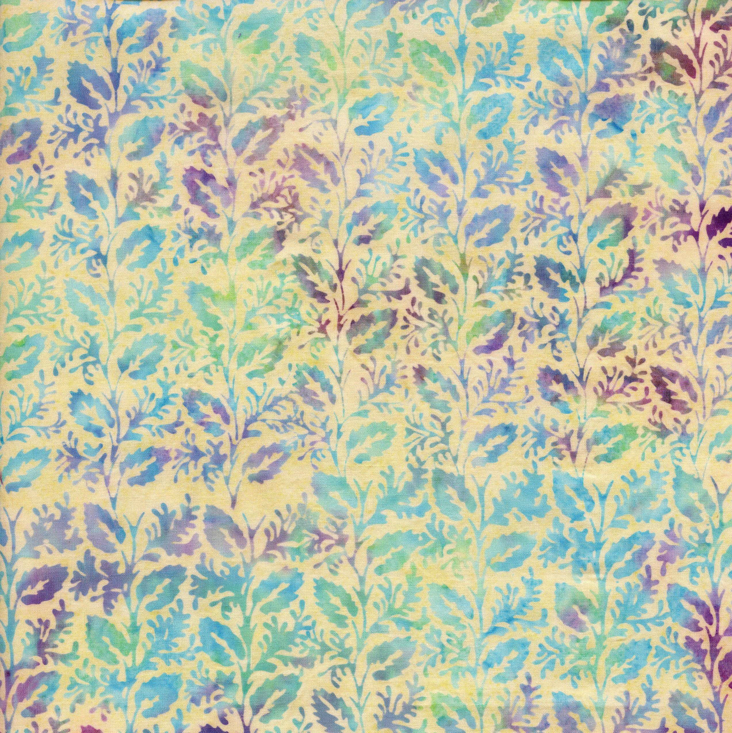 111821105 / Vine Vertical -Parchment