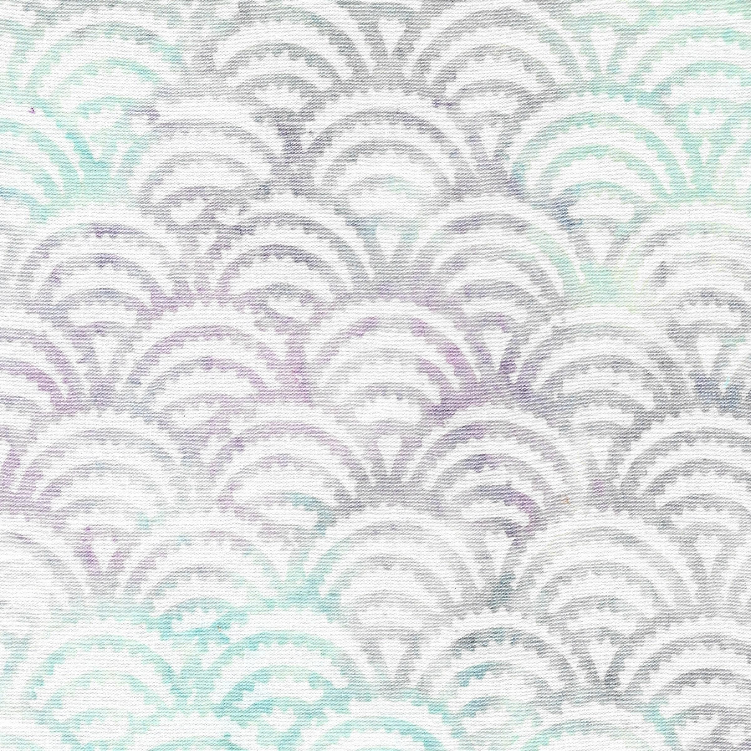111919831 / Ogee Spikes -Opal