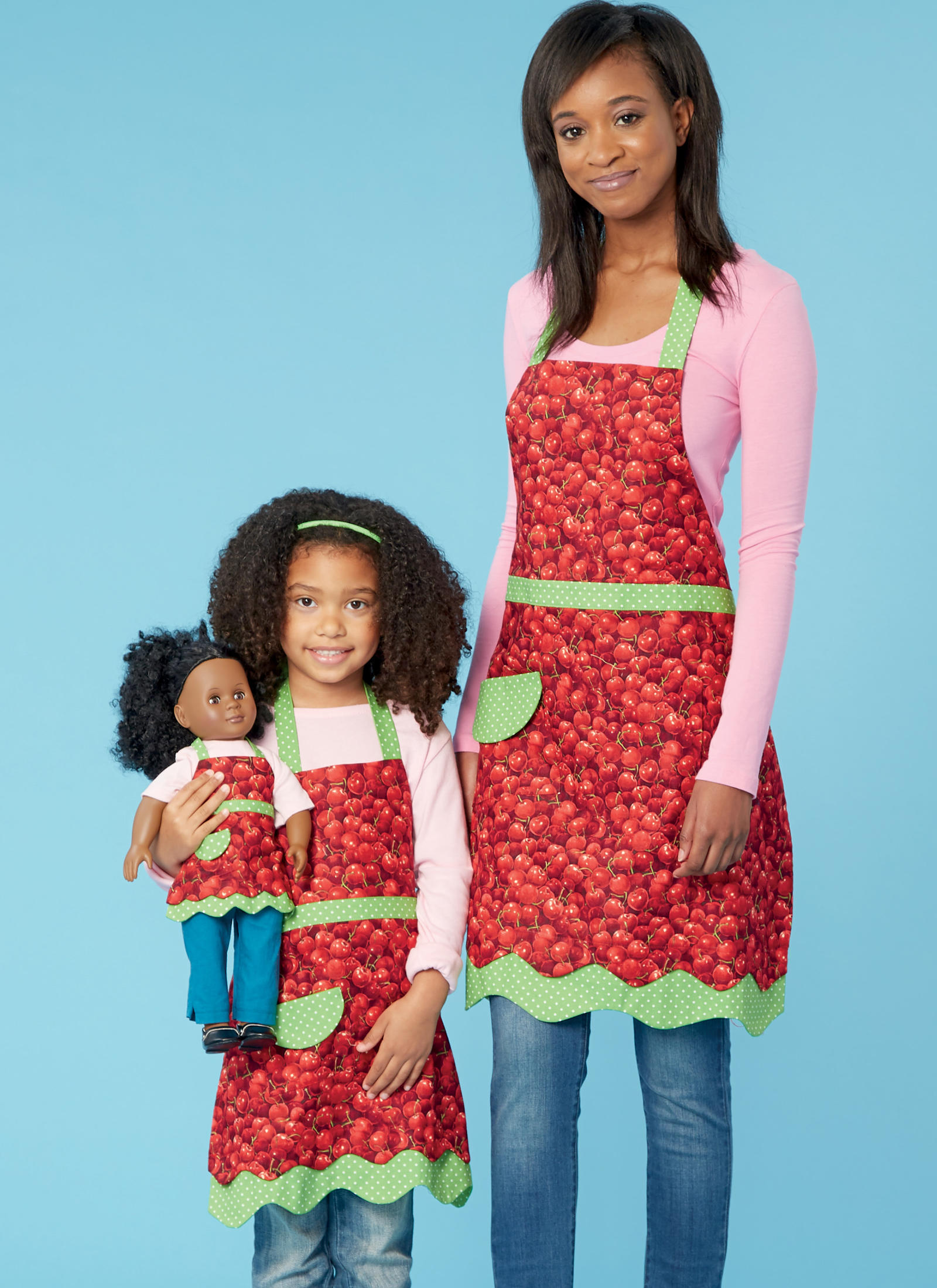 APRON Misses&;, Girlsand 18 Inch Doll K255