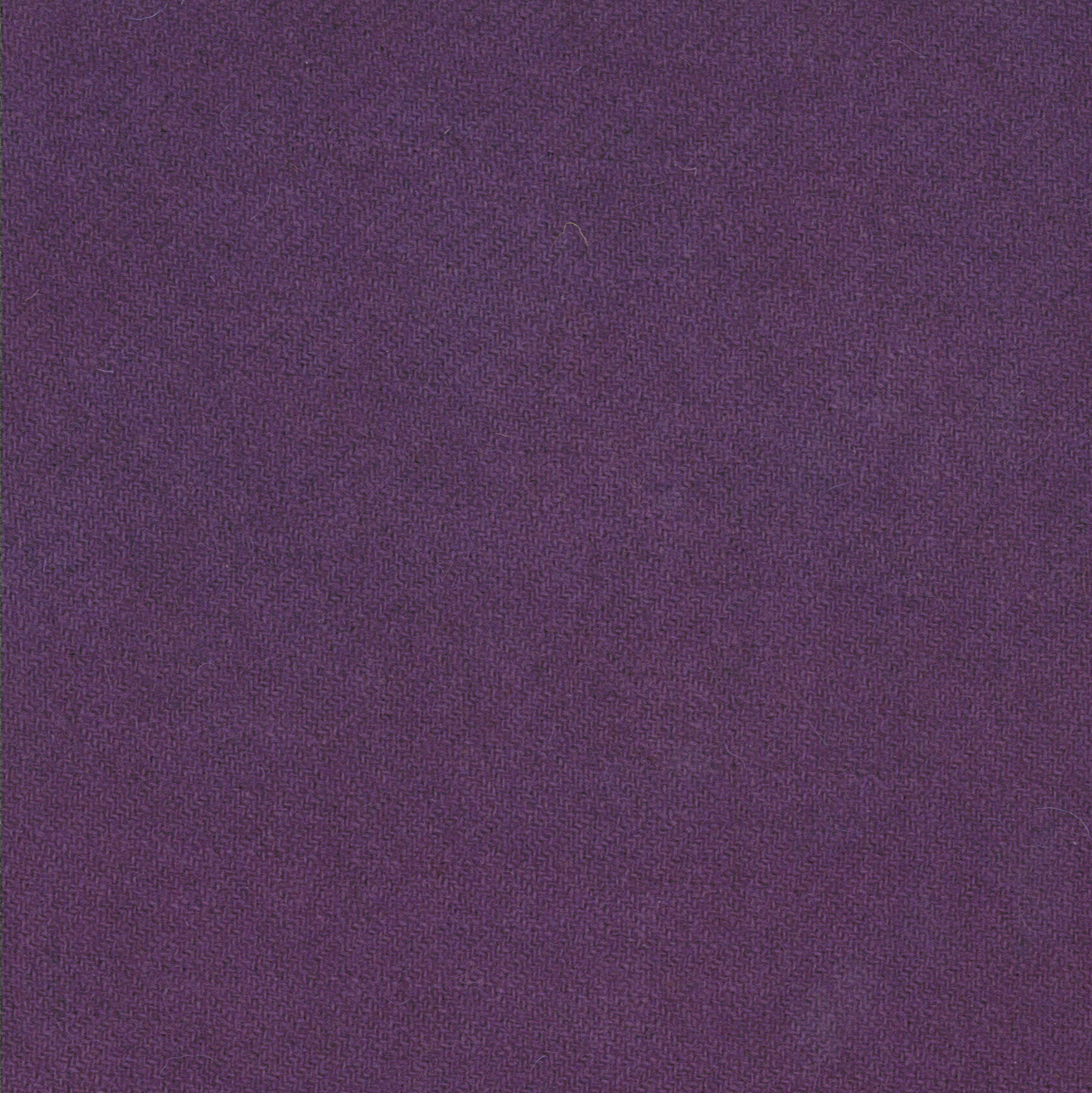 PRI 5167 Wool Amethyst 15 x 25