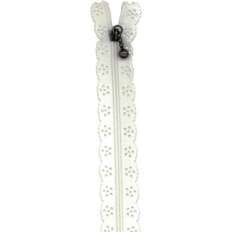 Little Lacie Zipper 12in White
