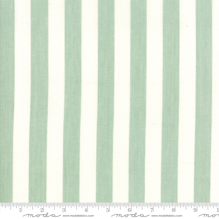 16 Sweet Christmas Bold Green Toweling 920 282