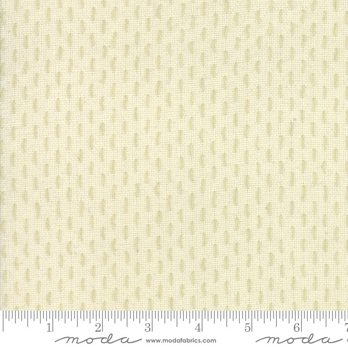 French Sashiko Pearl Oyster 100% cotton 44 wide