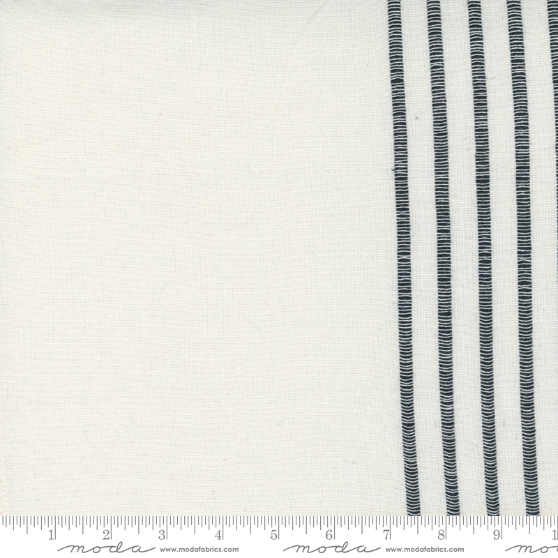 18 Lakeside Toweling 266 Off White/Black