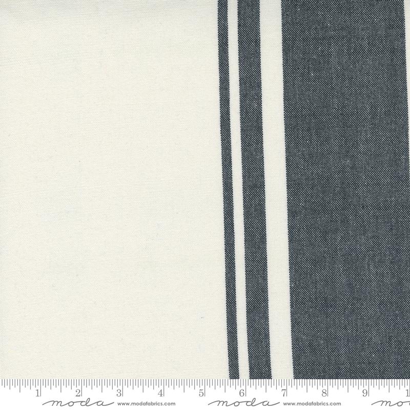18 Lakeside Toweling 268 Off White/Black