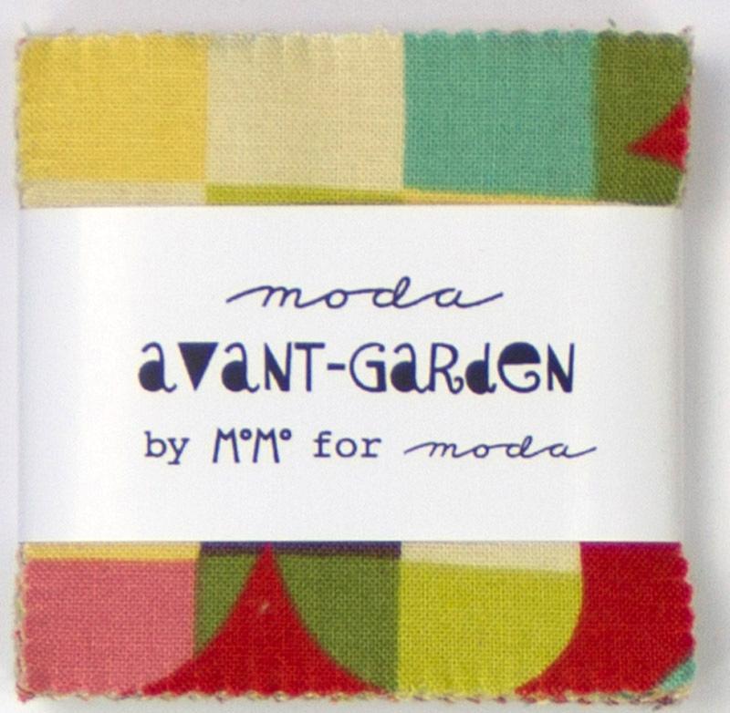 Avant Garden Mini Charm