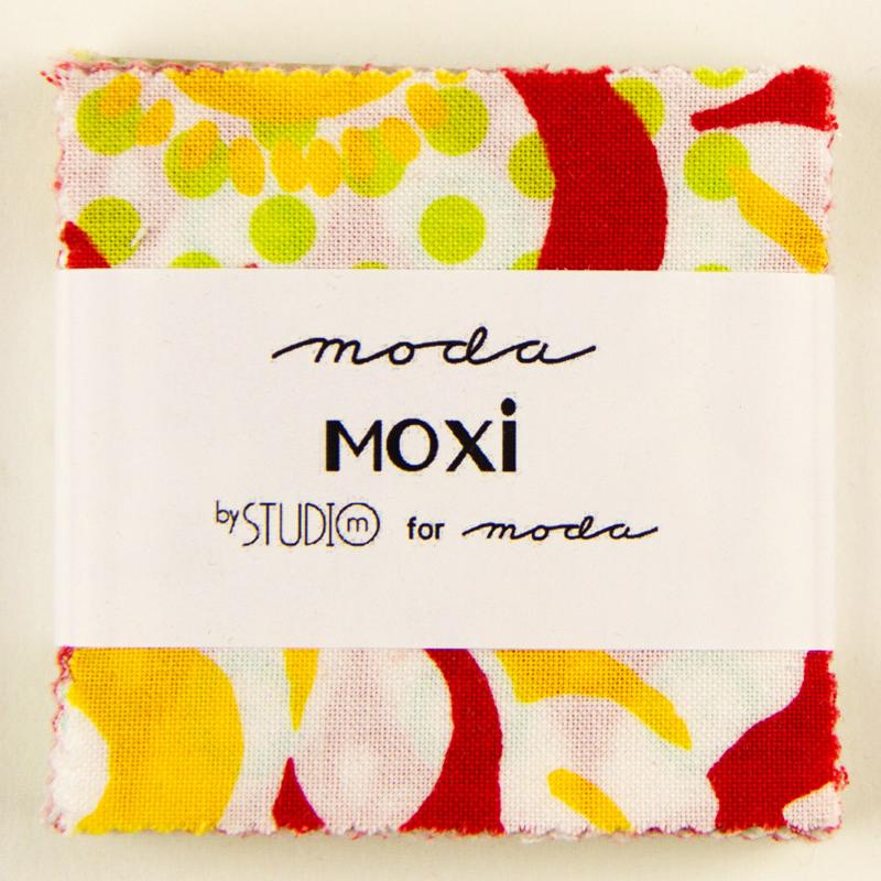 *Moxi Mini Charm