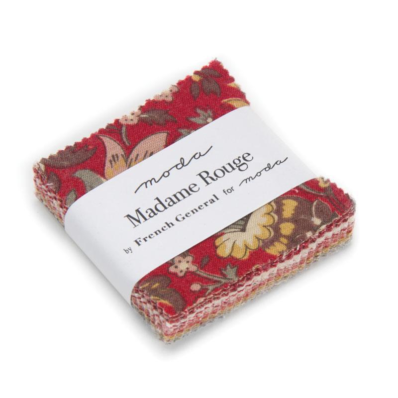 13770MC Madame Rouge Mini Charm