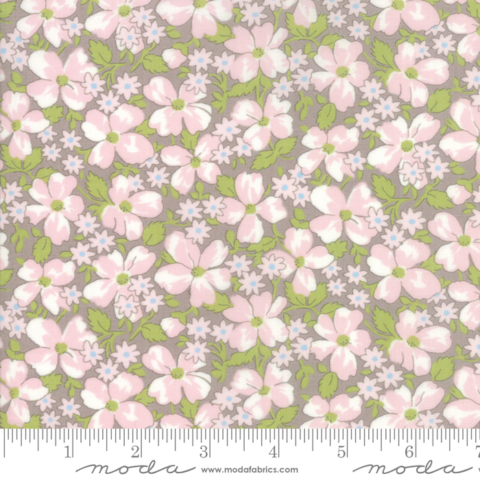 18673 15 Amberley Pebble Field Floral by Moda
