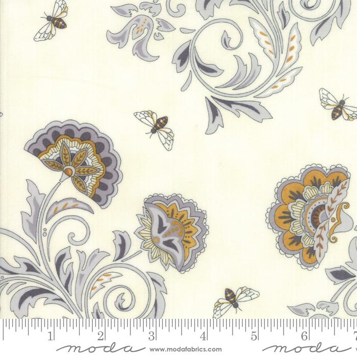 Bee Joyful - Laurel White Blooms