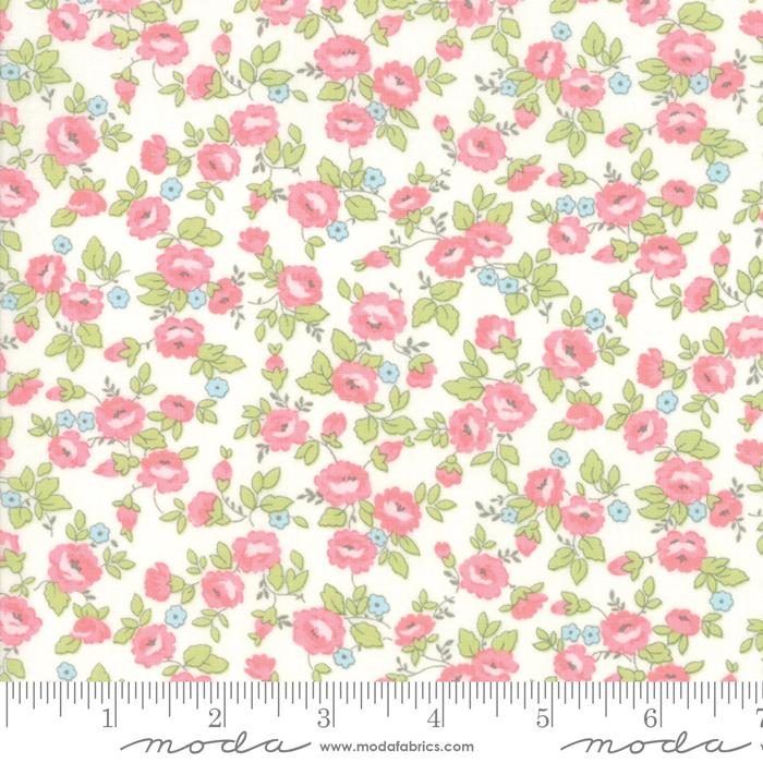 Finnegan Linen - Field Floral