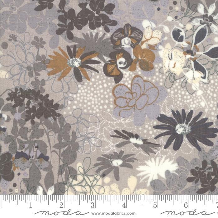 Stiletto Silver Choca Lux by BasicGrey for Moda 30610-14