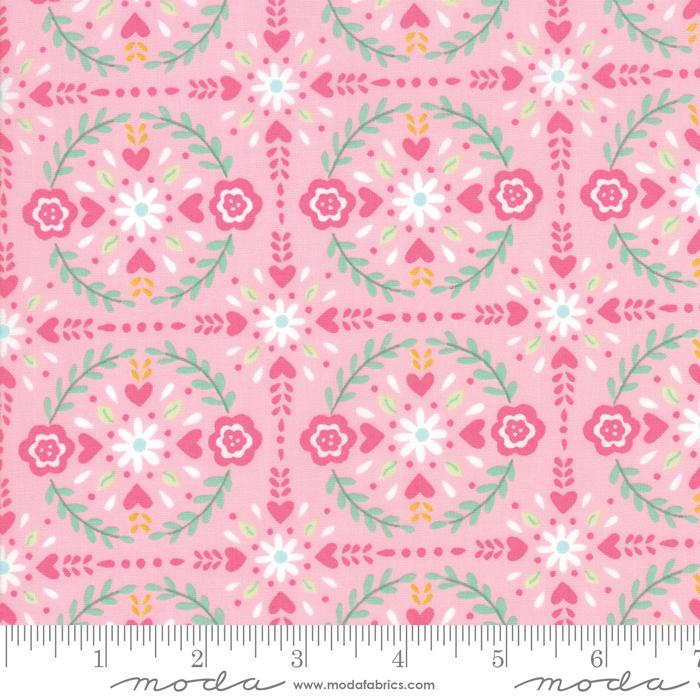 19923 12 Llama Love Pretty Pink Festive Floral by Moda