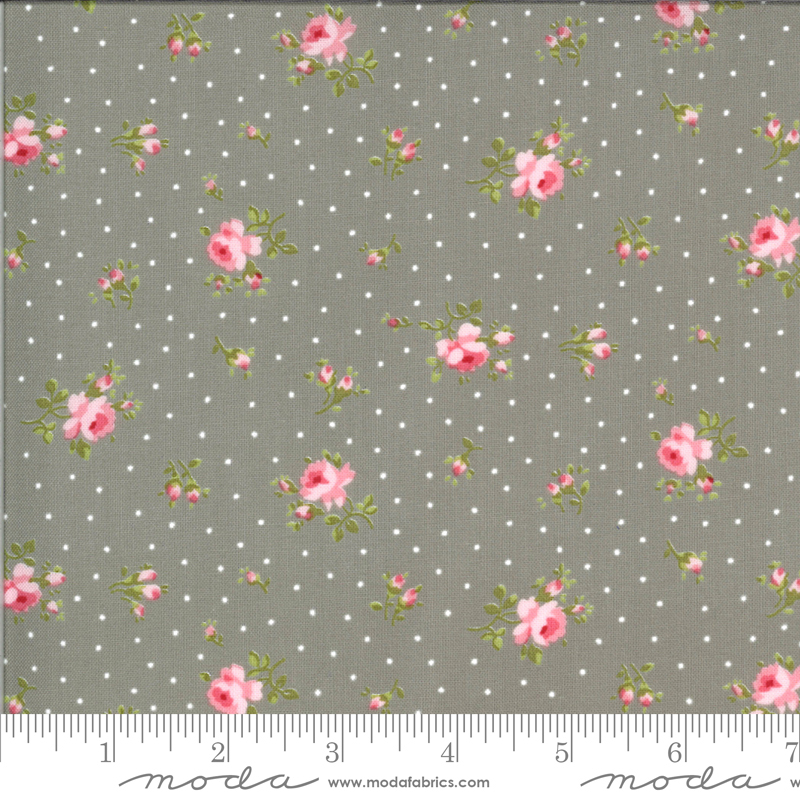 Sophie Medium Floral Cobblestone (18711 12) by Brenda Riddle Designs