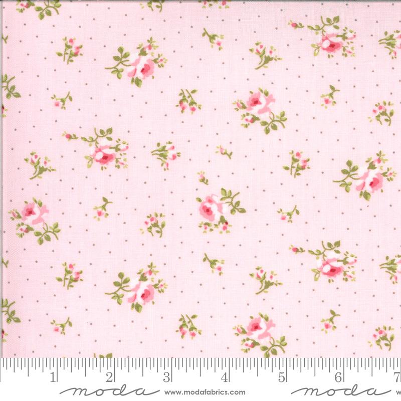 Sophie Medium Floral Blossom