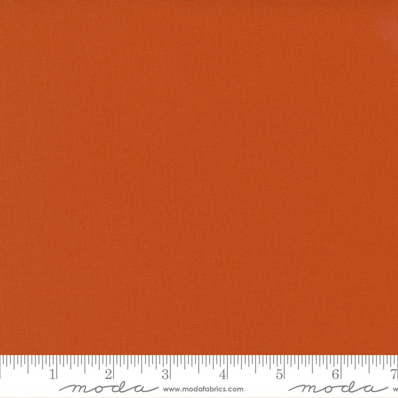 9900 231 Bella Solids Longhorn by Moda
