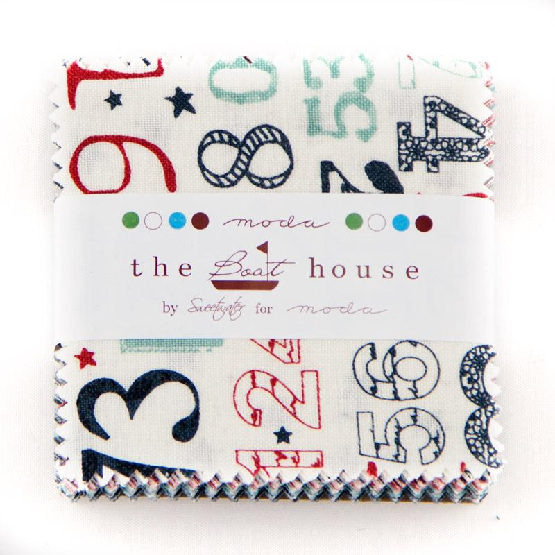 The Boat House Mini Charm 5550MC