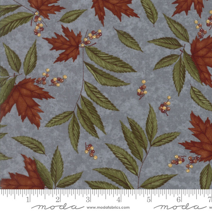 MODA HOLLY TAYLOR COUNTRY ROAD AUTUMN SKY BLUE WITH RUST MAPLE LEAVES 6661 12