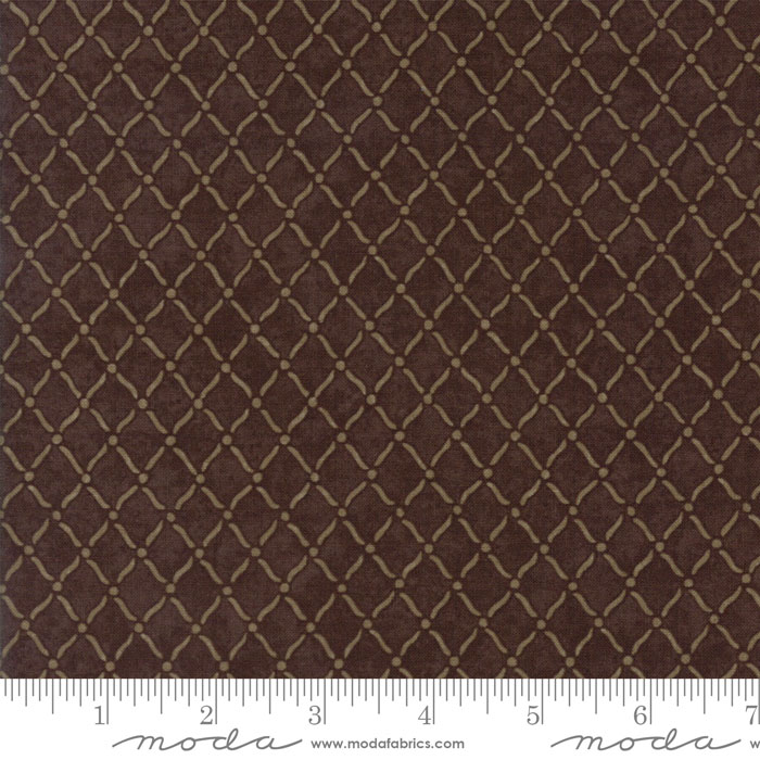MODA HOLLY TAYLOR COUNTRY ROAD EARTH DARK BROWN WITH GOLD DIAMOND GRID 6666 21