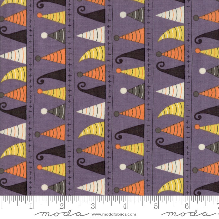 Hocus Pocus Purple, witches hats