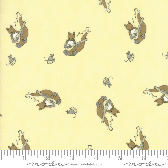 Hushabye Hollow Twinkle Squirrel Yellow